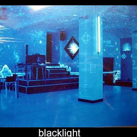 invisible-server-room-by-maxi-hellweger-harald-ochsenfarth9